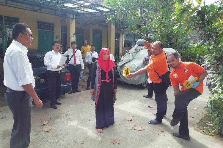 Tim Inafis Polresta Samarinda gelar edegan pra rekonstruksi di PAUD Jalan Wahab Syaharie, Samarinda, lokasi Yusuf Achmad Ghazali menghilang, Senin (9/12/2019).