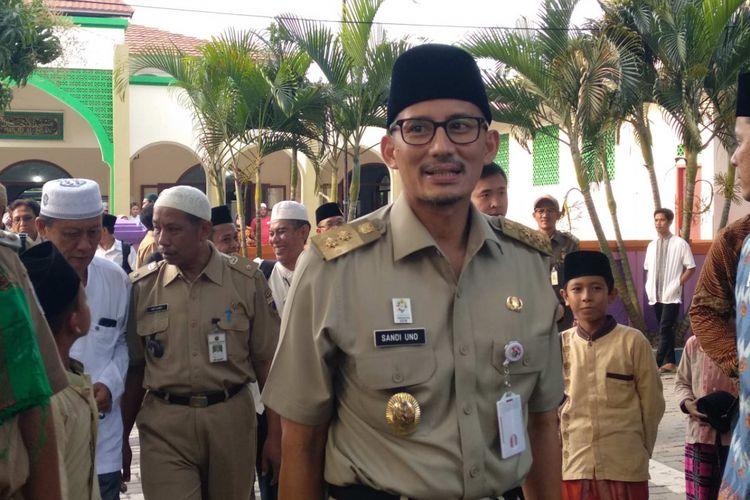 Wakil Gubernur DKI Jakarta Sandiaga Uno di Masjid Al-Ikhsan, Pulau Untung Jawa, Kepulauan Seribu, Selasa (5/6/2018).