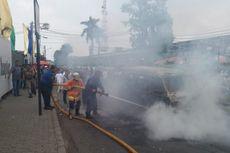 Angkot Terbakar di Depan Stasiun Bogor, Penumpangnya Berhasil Selamatkan Diri
