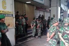 Anggota TNI Dikerahkan dalam Penertiban PKL Tanah Abang