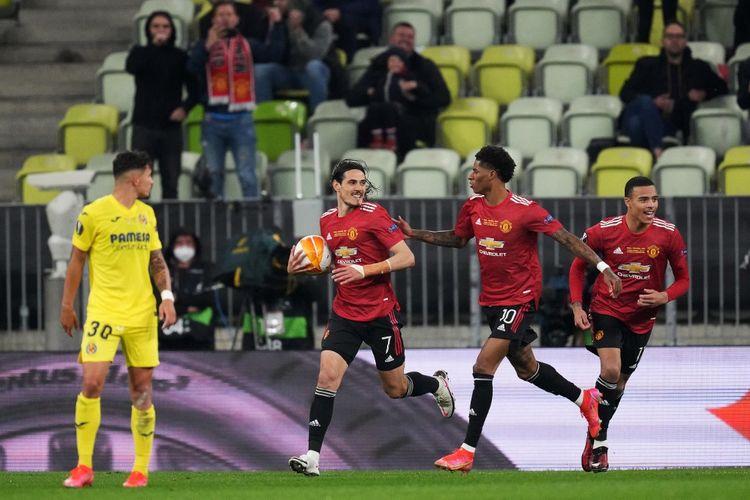 Edinson Cavani merayakan gol pada laga final Liga Europa antara Villarreal dan Manchester United di Stadion Gdansk, Kamis (27/5/2021) dini hari WIB.