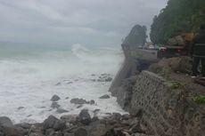 Tanggul Jebol Picu Jalan Trans-Sulawesi Ambles, Lalu Lintas Macet