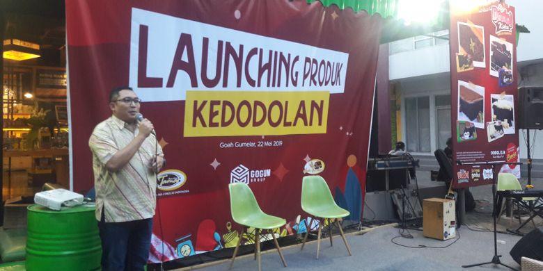 Direktur PT Tama Cokelat Indonesia, Kiki Gumelar saat melakukan launching produk kedodolan, Rabu (22/5/2019), di Goah Gumelar di kawasan Swiss Van Java.