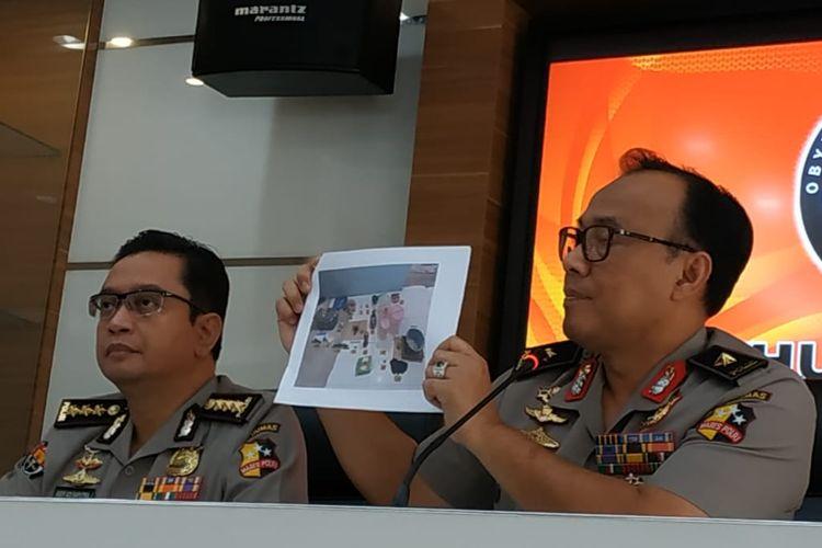Kepala Biro Penerangan Masyarakat Humas Brigjen (pol) Dedi Prasetyo di Gedung Humas Mabes Polri, Jakarta Selatan, Senin (6/5/2019).