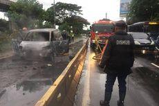 Minibus Terbakar di Jalur Transjakarta di Cawang, Diduga akibat Korsleting