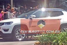 SUV Kompak Jeep Tepergok di Brasil