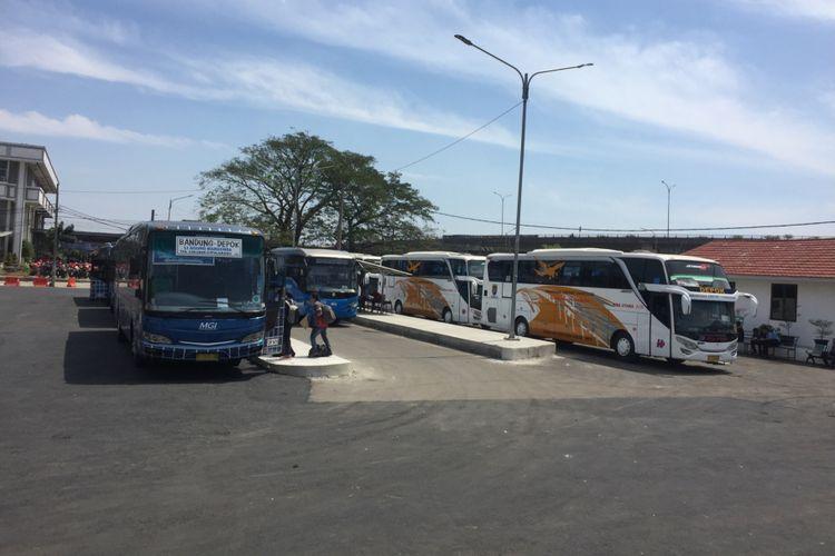 Terminal Depok Sementara, Jalan Arif Rahman, Depok, Jumat (3/8/2018).