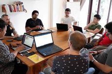 Startup Layanan Pencatat Keuangan
