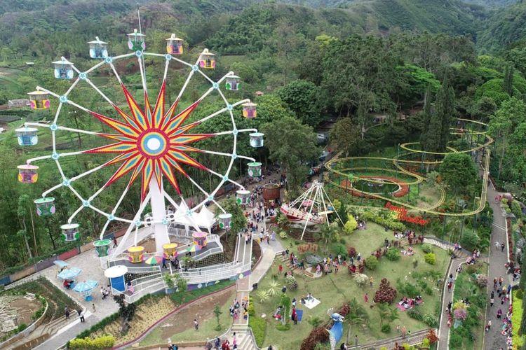 Taman Rekreasi Selecta, Batu, Jawa Timur.