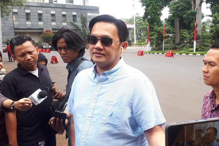 Kuasa hukum Rey Utami dan Pablo Benua, Farhat Abbas di Polda Metro Jaya, Jumat (5/7/2019).