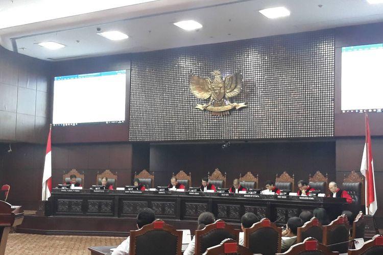 Sidang uji materi Undang-undang Nomor 10 Tahun 2016 tentang Pemilihan Gubernur, Bupati, dan Wali Kota di Gedung Mahkamah Konstitusi (MK), Jakarta Pusat, Rabu (29/1/2020).
