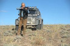 Sinopsis Film Beyond The Reach, Perburuan Michael Douglas di Tengah Gurun