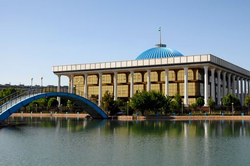 Uzbekistan Luncurkan Kampanye Pemilu Parlemen
