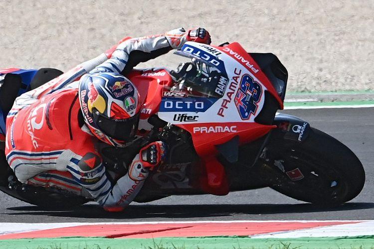Pebalap Pramac Ducati, Jack Miller, saat berlaga di MotoGP San Marino. (Photo by ANDREAS SOLARO / AFP)