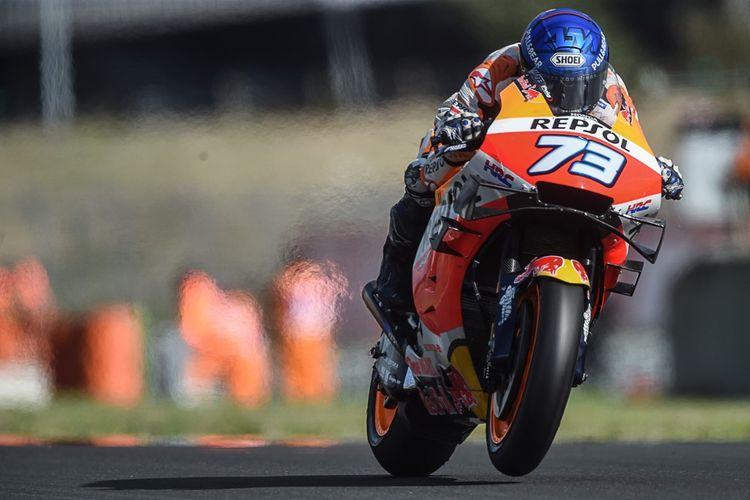 Alex Marquez saat berlaga di MotoGP Le Mans. (Photo by JEAN-FRANCOIS MONIER / AFP)