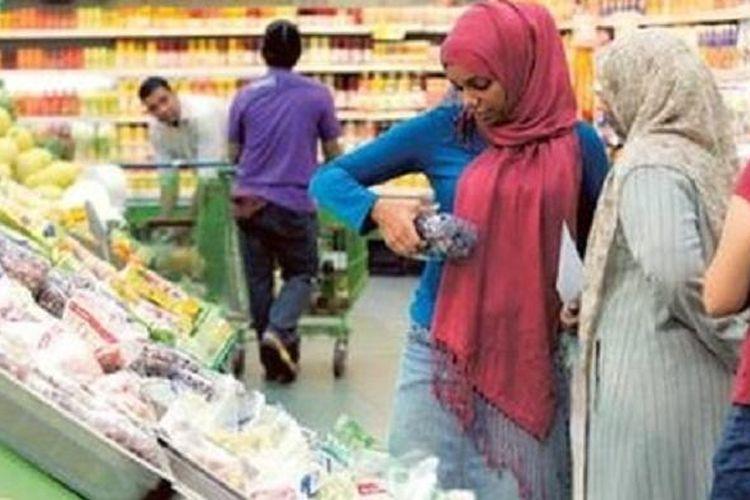 Ilustrasi belanja kebutuhan saat Ramadhan