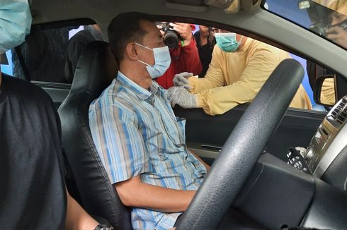 Layani Vaksinasi Drive Thru, Wali Kota Sutiaji Sebut Masyarakat Malang Tidak Takut Divaksin