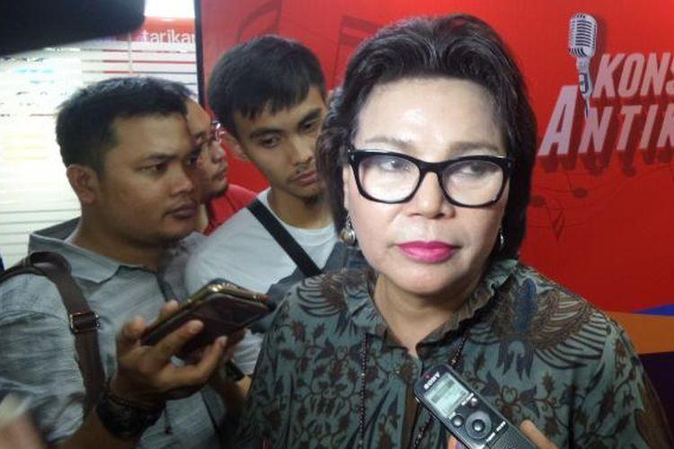 Wakil Ketua KPK Basaria Panjaitan di Plaza Festival, Jakarta Selatan, Jumat (18/11/2016).
