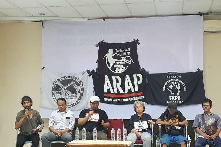 sejumlah korban gusuran dari Tamansari, Pekayon-Jakasetia, Poglar saat konferensi pers di LBH Jakarta, Kamis (16/1/2020)