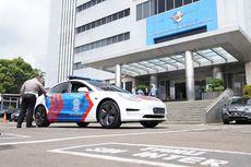 Korlantas Polri Terima Hibah Mobil Listrik Tesla untuk Patroli Lalu Lintas