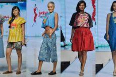Busana Batik Serba Santai nan Cantik Karya Lenny Agustin