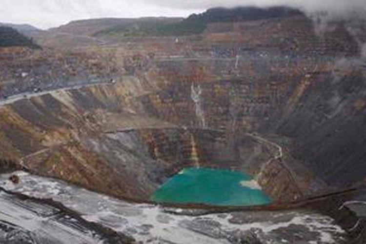 Operasi penambangan tembaga dan sejumlah kecil emas PT Newmont Nusa Tenggara