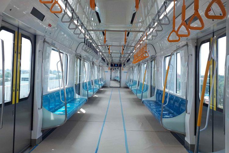 Bagian dalam kereta MRT Jakarta Fase I rute Lebak Bulus-Bundaran Hotel Indonesia (HI). Foto diambil Rabu (30/1/2019).