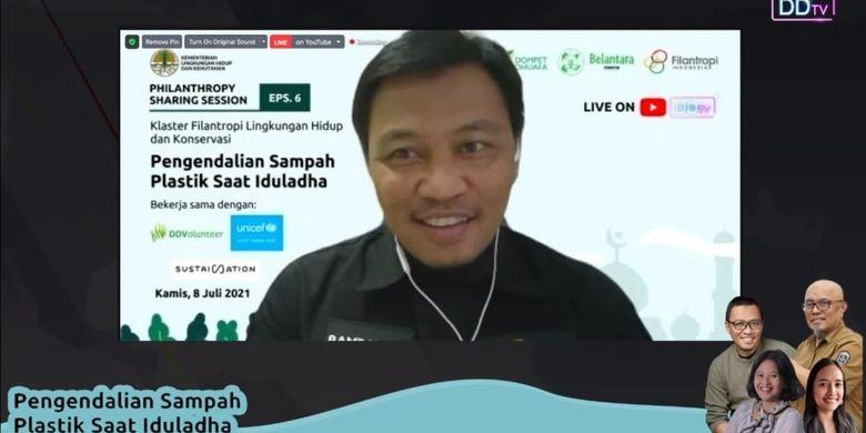 Direktur Komunikasi dan Aliansi Strategis Dompet Dhuafa, Bambang Suherman suarakan Kurban Asik Tanpa Plastik dalam seminar daring Pengendalian Sampah Plastik Saat Iduladha, Kamis (8/7/2021).