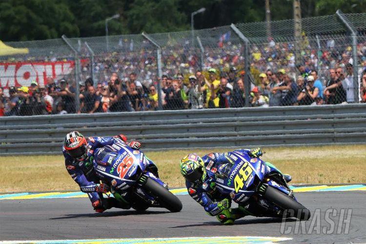 Rossi dan Vinales bakal berebut posisi ketiga juara dunia MotoGP.