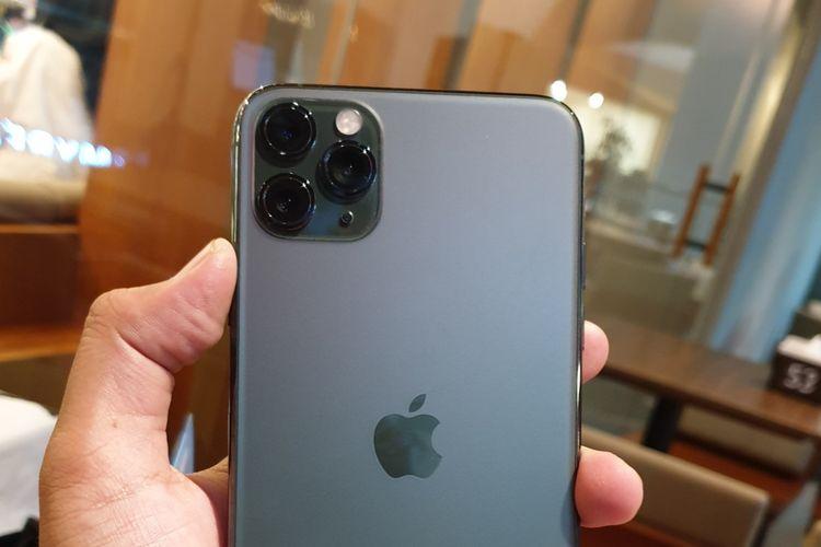 Kamera Belakang di iPhone 11 Pro.