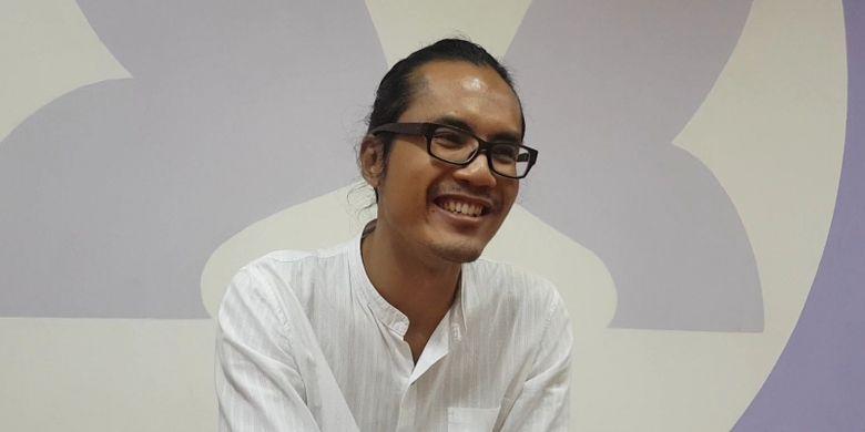Praktisi emotional healing Adjie Santosoputro