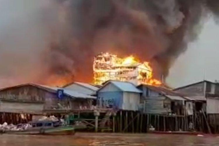 Kebakaran di Mendahara Tengah, Provinsi Jambi, kobaran api diketahui terjadi pada Selasa (8/6/2021) subuh.