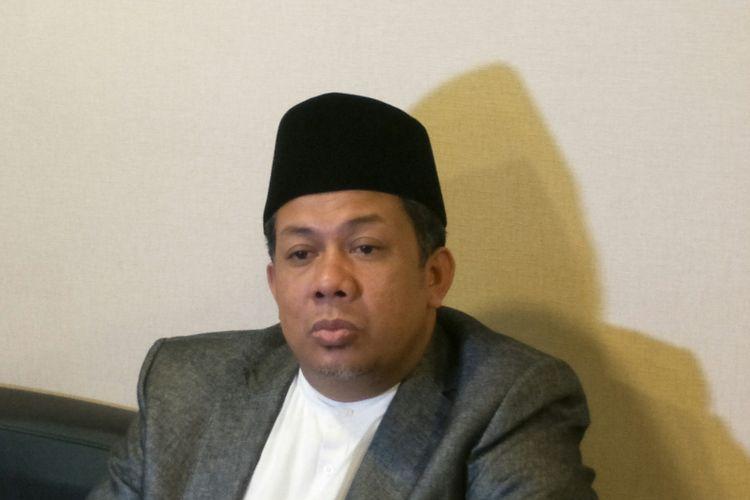 Wakil Ketua DPR Fahri Hamzah di Kompleks Parlemen, Senayan, Jakarta, Selasa (21/11/2017)
