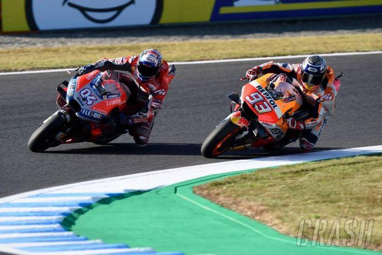 Andrea Dovizioso dan Marc Marquez di Motegi