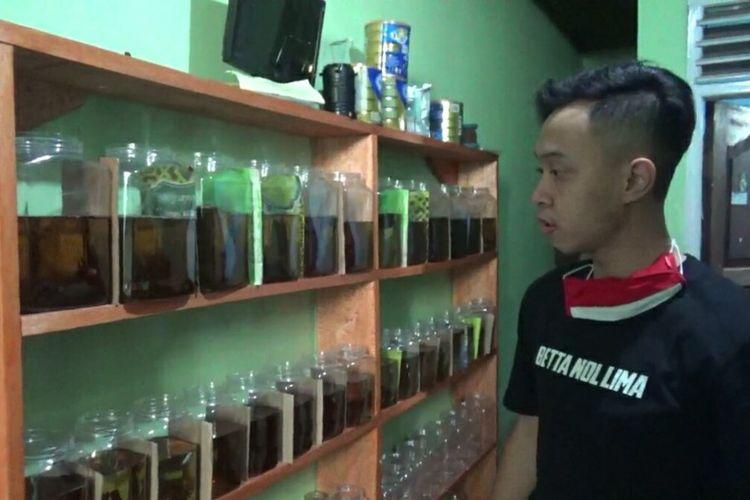 Ikan cupang hias yang dibudidayakan Aldy, makin banyak diminati. Permintaan pasarnya sudah tembus Jakarta dan Sumatera. AAM AMINULLAH/KOMPAS.com