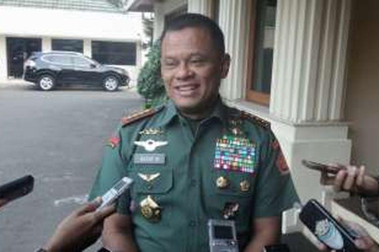 Panglima TNI Jenderal Gatot Nurmantyo saat ditemui di kantor Kemenko Polhukam, Jakarta Pusat, Kamis (4/8/2016).