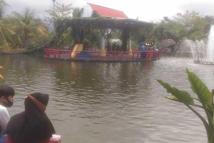 Taman Bale Kemambang Purwokerto, Kabupaten Banyumas, Jawa Tengah.