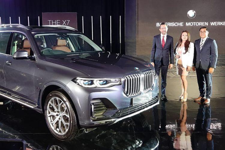 BMW X7 resmi meluncur di Indonesia.
