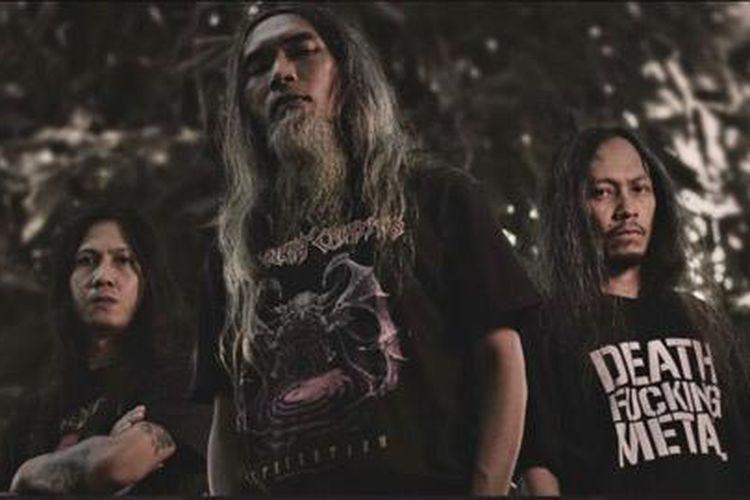 Death Vomit baru saja merilis album stuido keempat mereka yang berjudul Dominion Over Creation. Album ini dirilis dalam rangka merayakan 25 tahun perjalanan karier mereka.