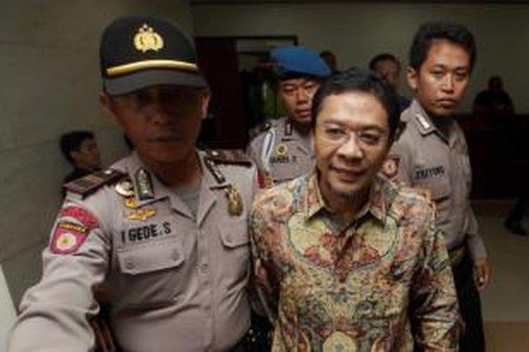 Ahmad Fathanah datang ke Pengadilan Tindak Pidana Korupsi, Kuningan, Jakarta Selatan, Jumat (17/5/2013). Ia dihadirkan sebagai saksi dalam persidangan kasus dugaan korupsi kuota impor daging sapi dengan terdakwa Direktur PT Indoguna Utama Juard Effendi dan Arya Abdi Effendi.