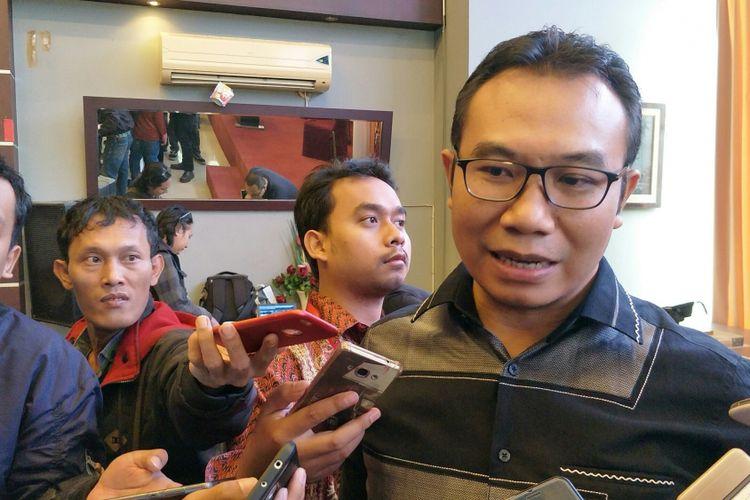 Mantan Komisioner Komisi Pemilihan Umum (KPU) RI, Sigit Pamungkas, ketika ditemui dalam sebuah diskusi di Gado-gado Boplo, Menteng, Jakarta, Sabtu (20/1/2018).