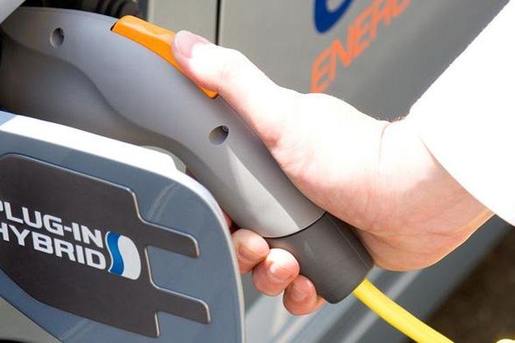 Empat prinsipal Jepang bersatu mendopang infrastruktur mobil listrik.