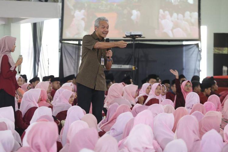 Pengamat Minta Gubernur Ganjar Tindak Tegas 7 Kepala Sekolah yang Terpapar Radikalisme