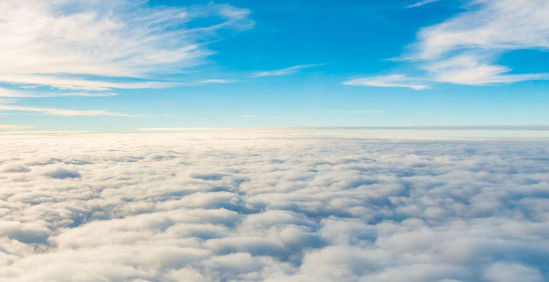 ilustrasi langit berawan