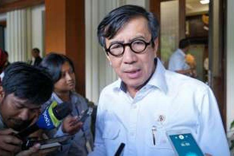 Menteri Hukum dan HAM Yasonna Laoly saat ditemui usai rapat koordinasi terbatas tingkat menteri di kantor Kemenko Polhukam, Jakarta Pusat, Selasa (3/1/2017).