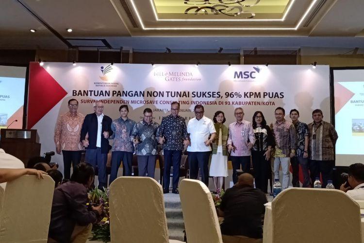 Menteri Sosial Agus Gumiwang Kartasasmita bersama jajaran terkait membuka workshop pemaparan survei terhadap program BPNT di Jakarta, Senin (28/1/2019).