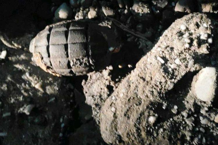 Granat Nanas Aktif Ditemukan di areal pengilingan batu crusher di Desa Kota Intan, Kecamatan Kunto Darussalam, Kabupaten Rokan Hulu (Rohul). Dok Koramil 10/Kunto Darussalam