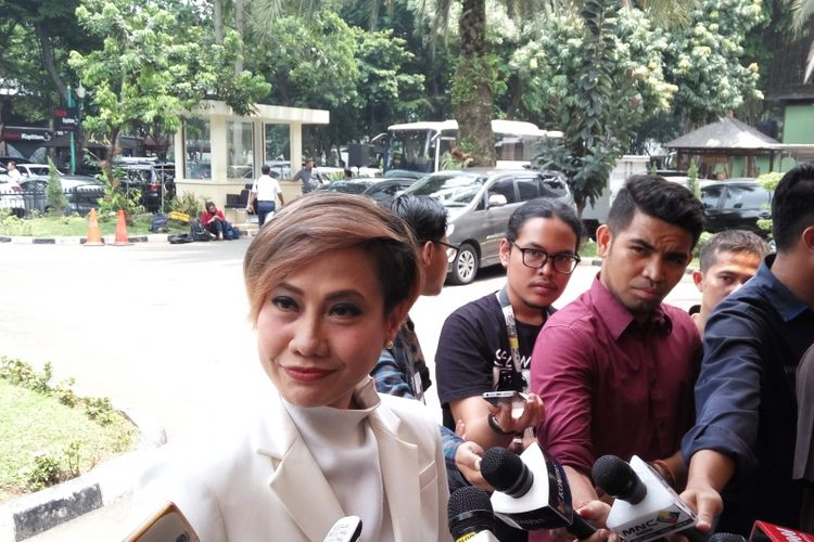 Pemimpin Redaksi KompasTV Rosianna Silalahi saat di Mapolda Metro Jaya, Rabu (11/10/2017).