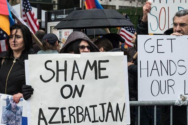 Sejak penandatanganan gencatan senjata pada tahun 1994, ini adalah pertama kalinya kesepakatan damai antara Armenia dan Azerbaijan dicapai.