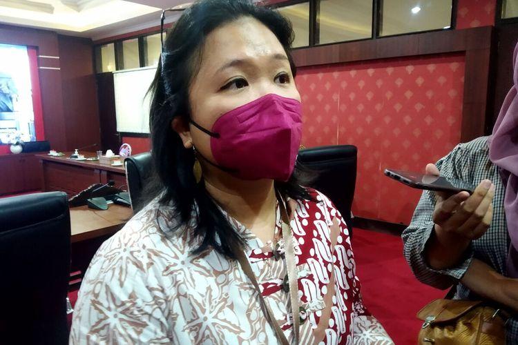 Staf ahli Menteri Kesehatan Monica Nirmala di ruang kerja Wali Kota Blitar, Selasa (5/10/2021)
